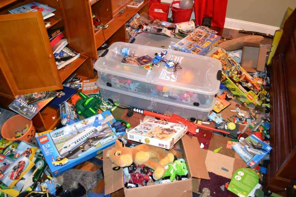How to organize kids toys…so you will never have to pick them up again!